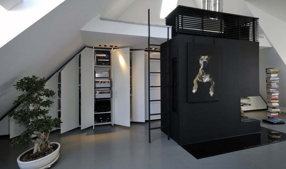 raumfreiheit aus und umbau dachwohnung. Black Bedroom Furniture Sets. Home Design Ideas